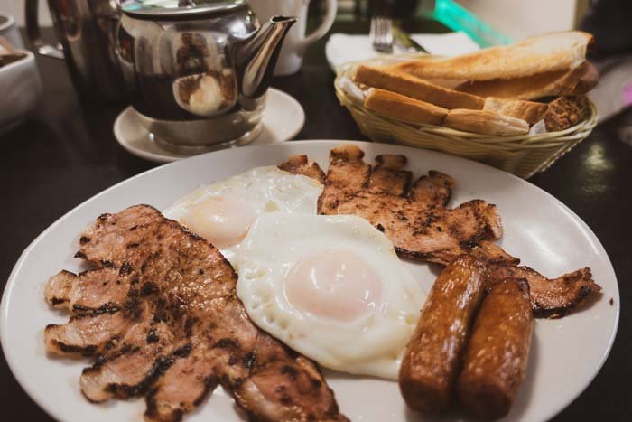 Large irish breakfast in westport