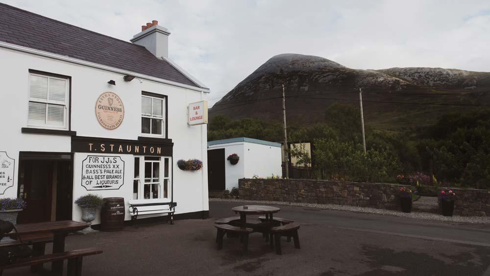 stauntons pub westport