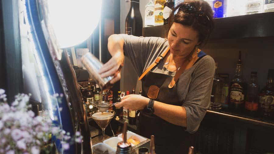 best cocktail bar westport
