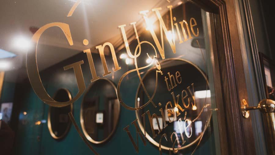 wine bar westport